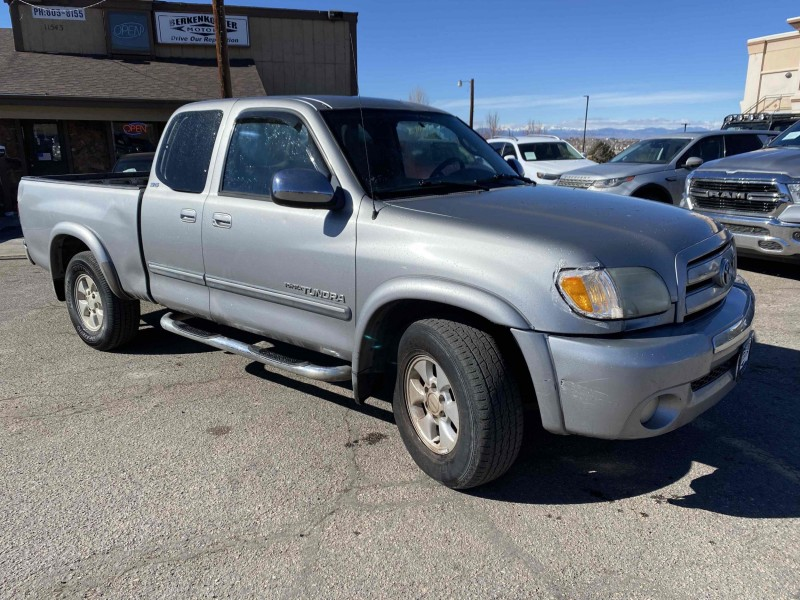 Toyota Tundra 2004 price $5,900