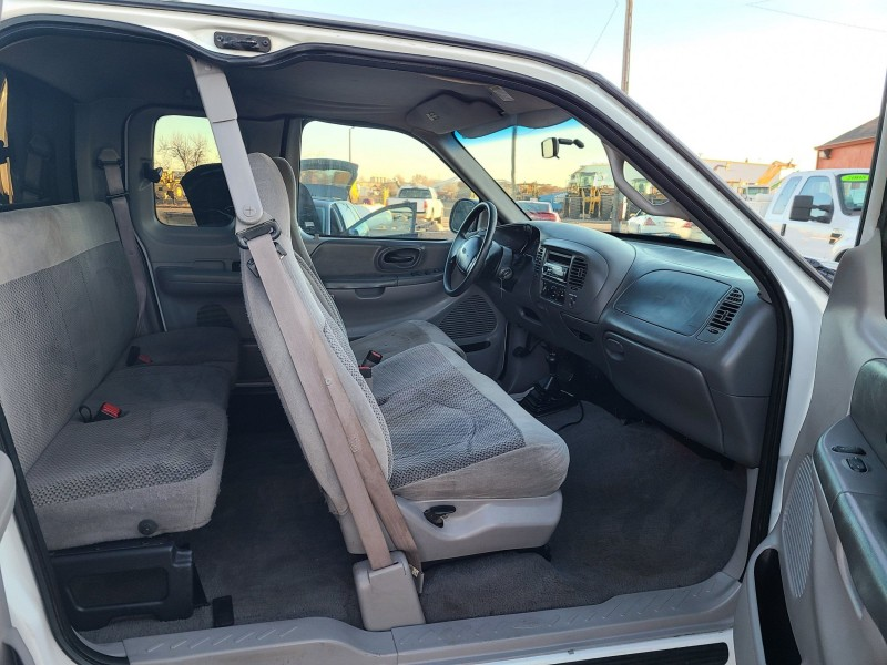 Ford F-150 1999 price $5,700