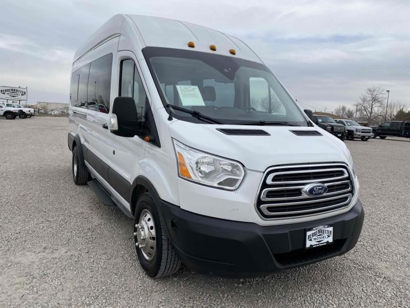 Ford Transit Passenger 2015 price $23,400