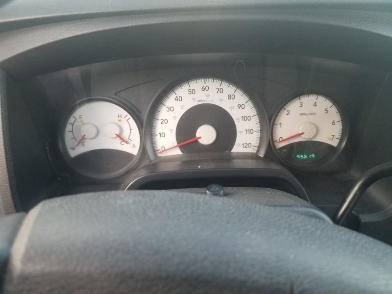 Dodge Dakota 2011 price $14,995
