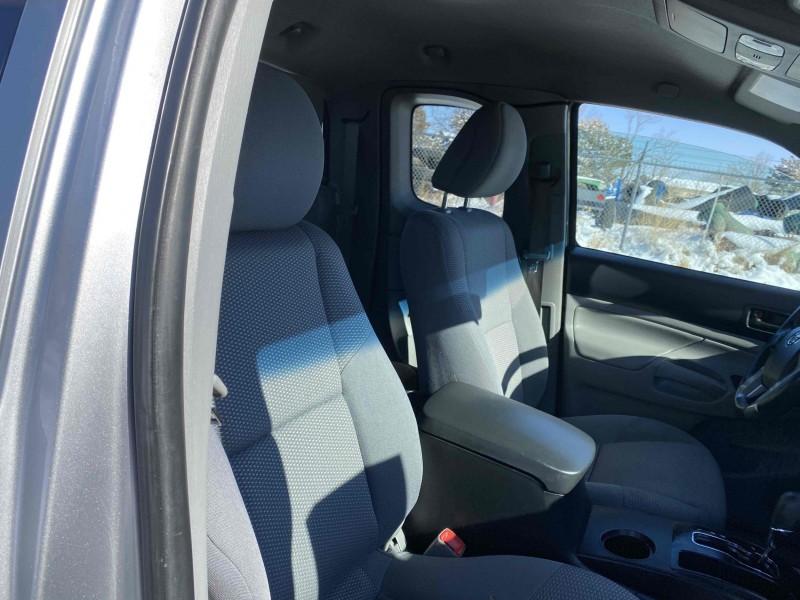 Toyota Tacoma 2014 price $14,995