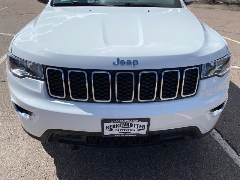 Jeep Grand Cherokee 2017 price $26,995