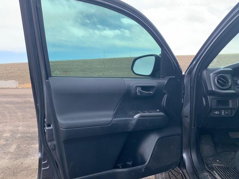 Toyota Tacoma 2018 price $36,995