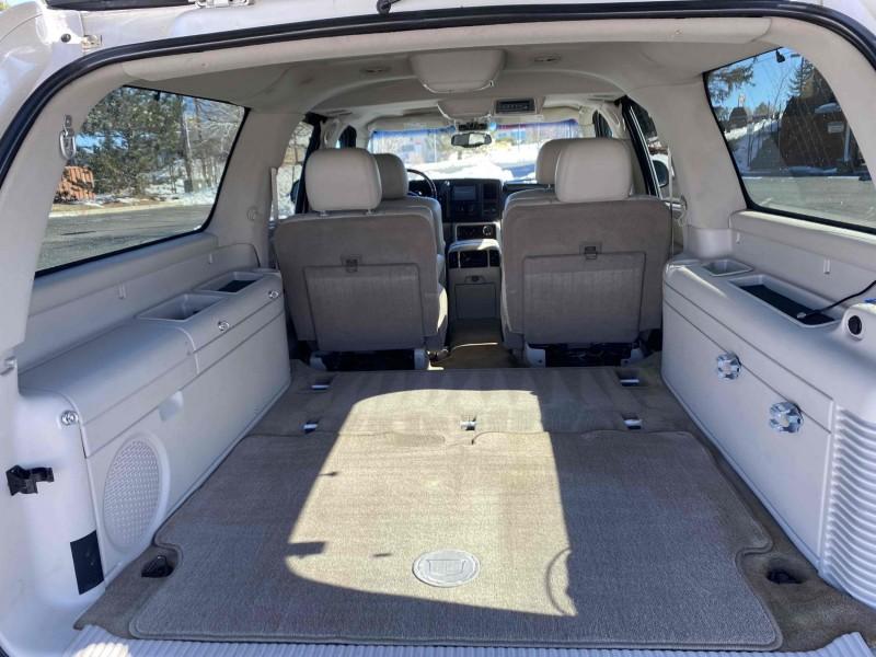 Cadillac Escalade ESV 2005 price $15,995