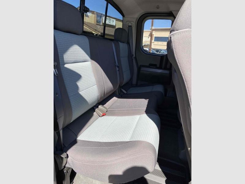 Nissan Titan 2005 price $9,988