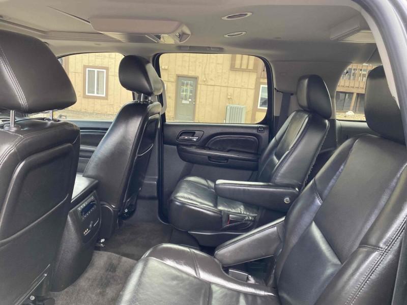GMC Yukon XL 2011 price $15,488
