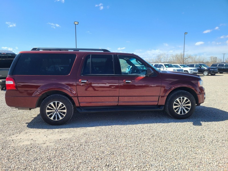 Ford Expedition EL 2017 price $27,995