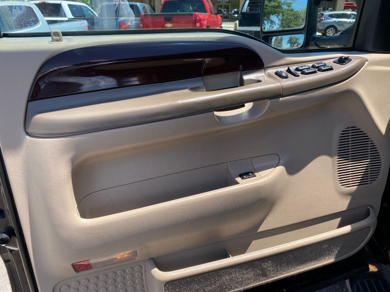 Ford Excursion 2003 price $24,995