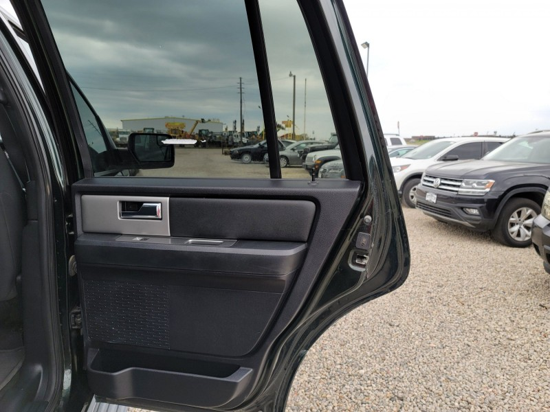 Ford Expedition 2016 price $26,995