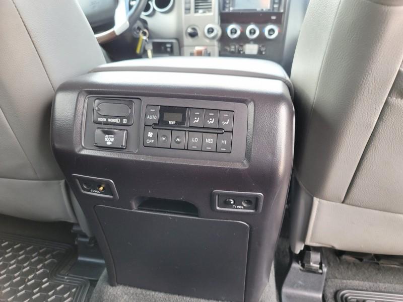 Toyota Sequoia 2015 price $35,995