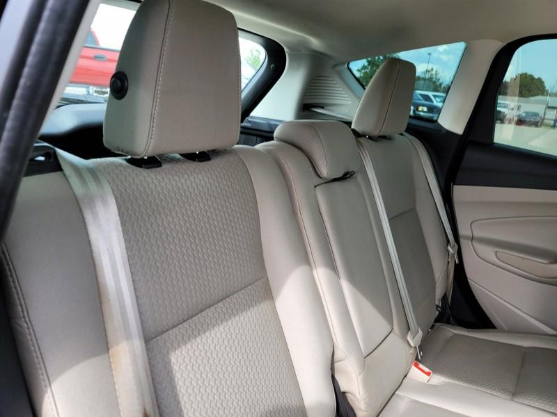 Ford C-MAX Hybrid 2017 price $12,995