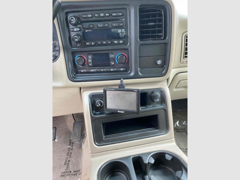 Chevrolet Tahoe 2005 price $11,995