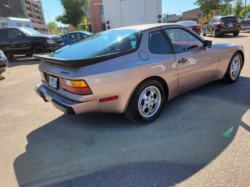 Porsche 944 1987 price $15,995