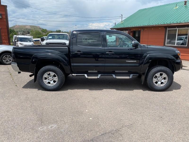 Toyota Tacoma 2013 price $29,995