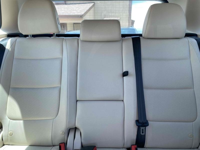 Volkswagen Tiguan 2014 price $17,488