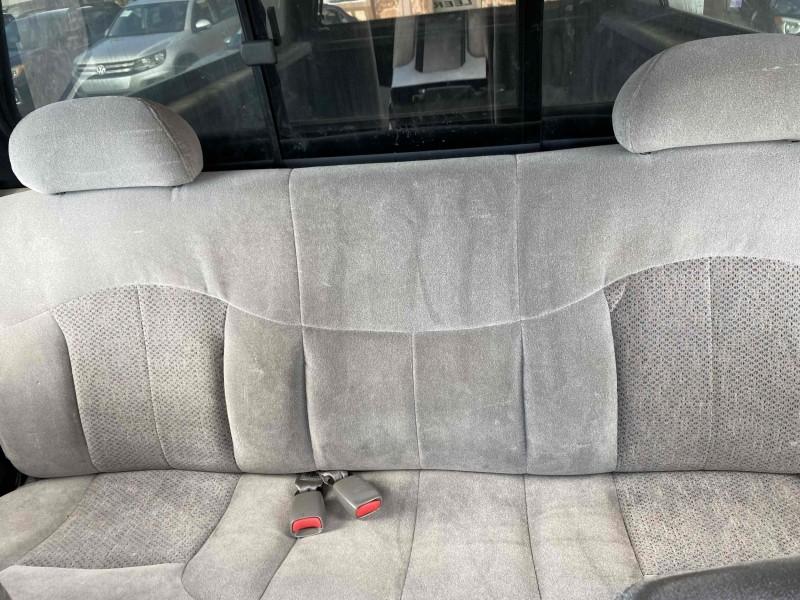 Chevrolet Silverado 2500 2000 price $10,900