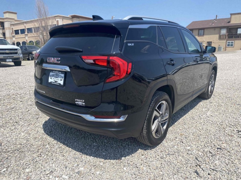 GMC Terrain 2018 price $29,995