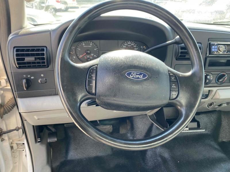 Ford F-450 Super Duty 2005 price $12,995