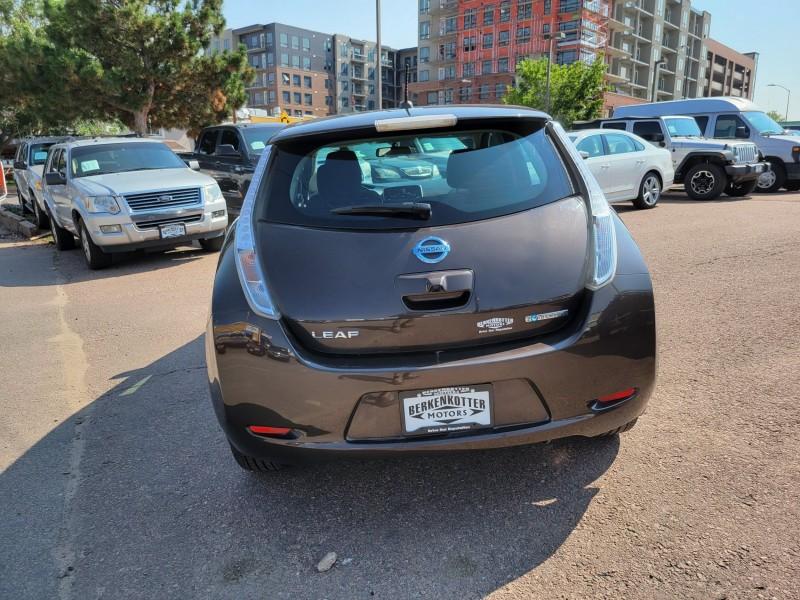 Nissan LEAF 2016 price $13,995