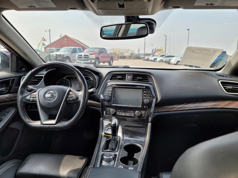 Nissan Maxima 2017 price $21,400