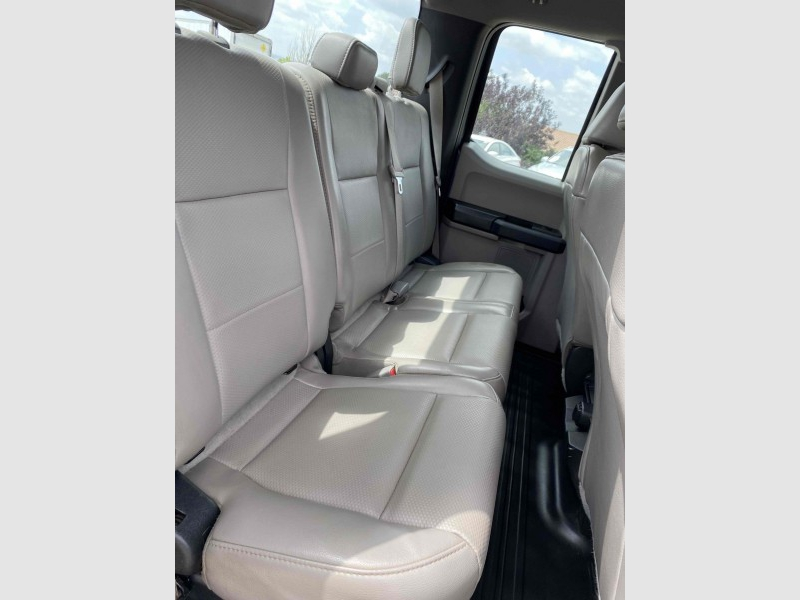 Ford F-150 2017 price $25,488