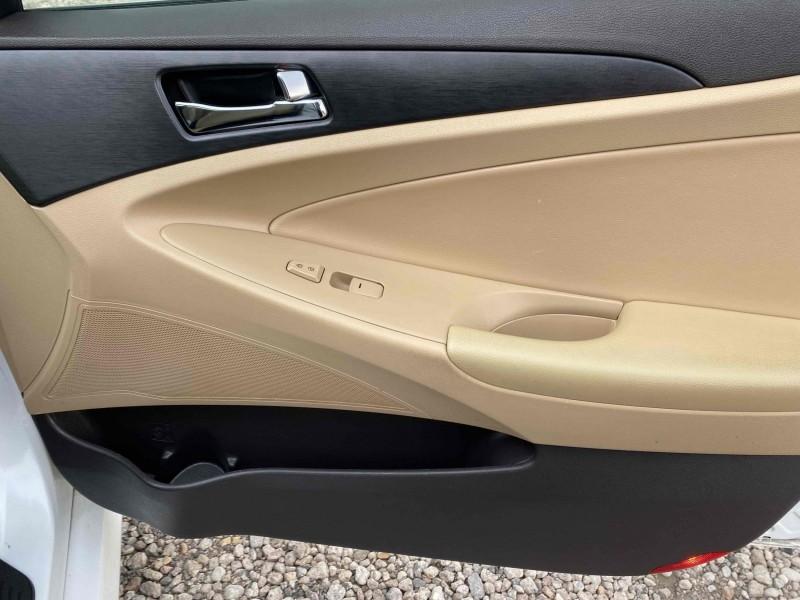 Hyundai Sonata 2014 price $11,988