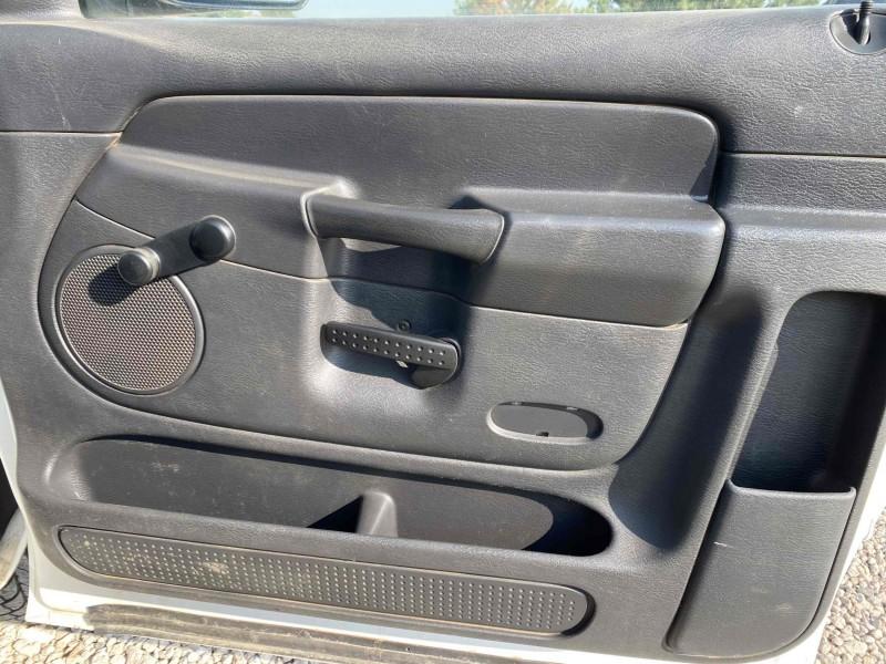 Dodge Ram Pickup 3500 2003 price $10,988