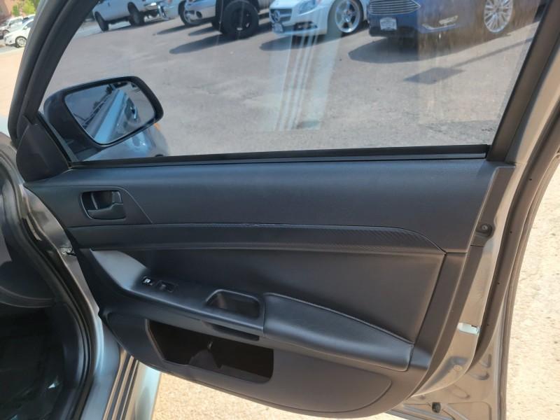 Mitsubishi Lancer 2012 price $9,900