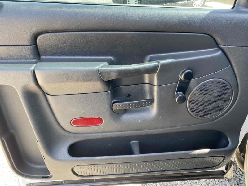 Dodge Ram Pickup 2500 2005 price $5,988