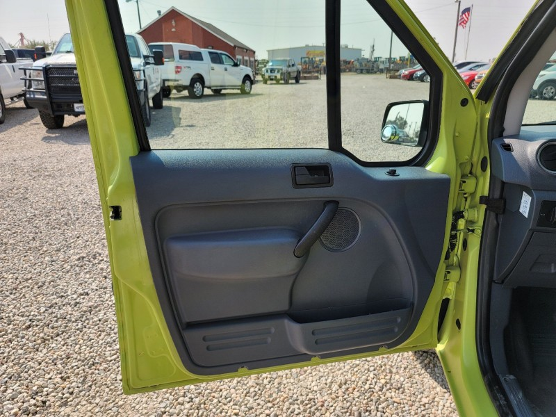 Ford Transit Connect 2013 price $10,900