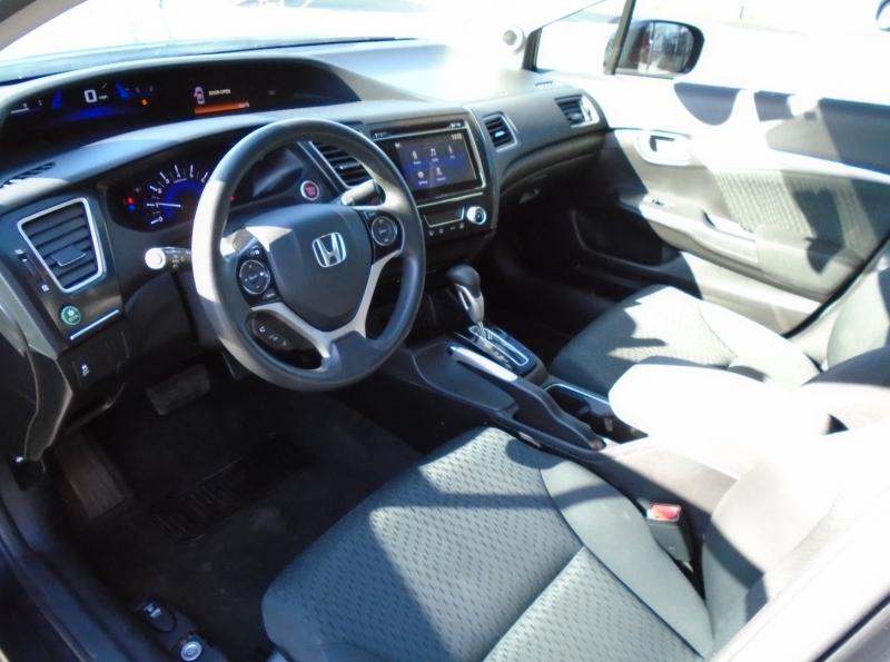 Honda Civic 2015 price Call for price