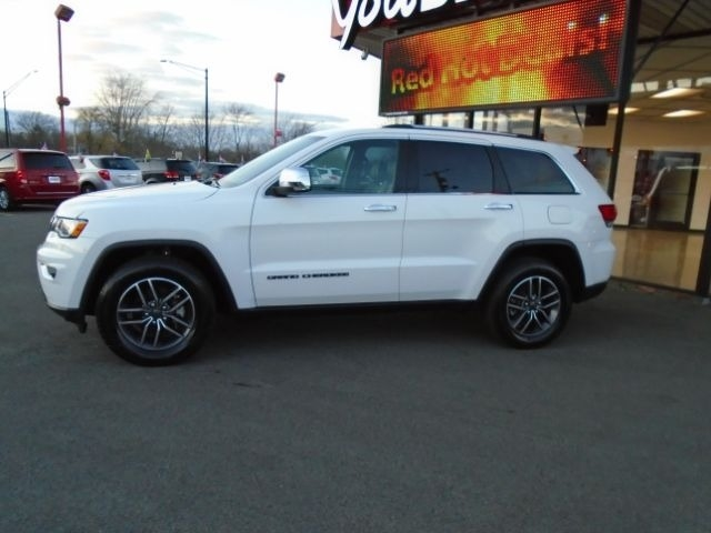 Jeep Grand Cherokee 2019 price $29,095