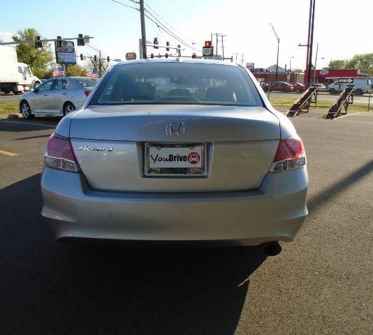 Honda Accord 2009 price Call for price