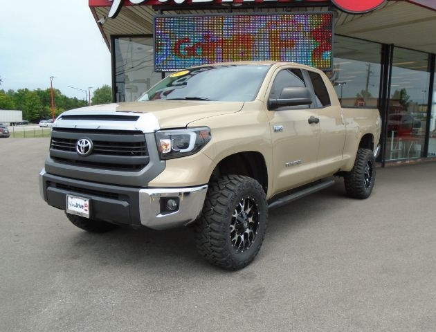 Toyota Tundra 2017 price $38,025