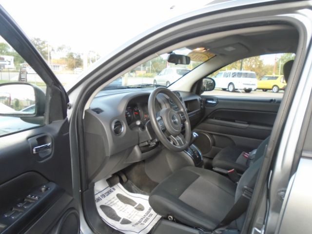 Jeep Compass 2013 price Call for price