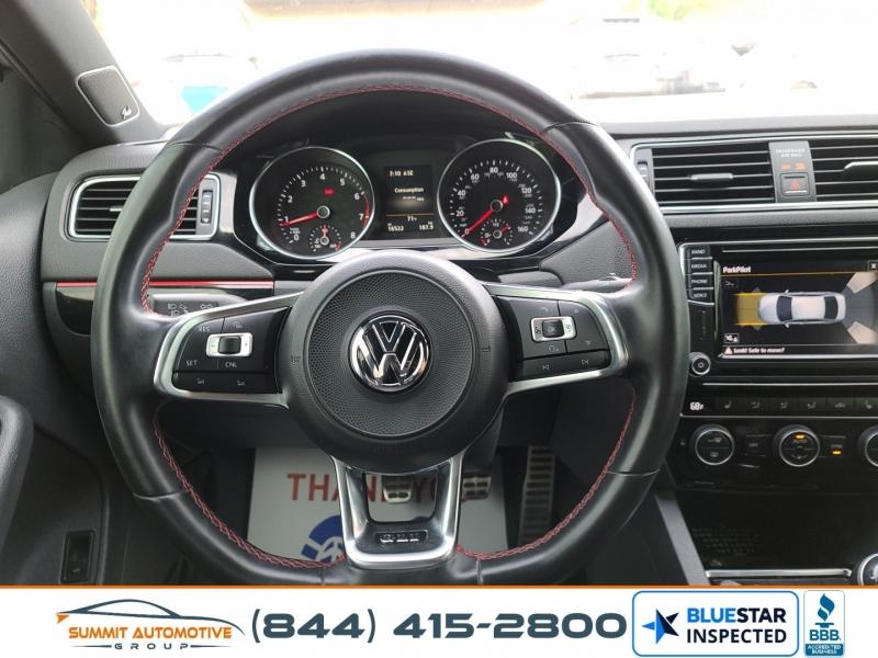 Volkswagen Jetta 2017 price $15,990