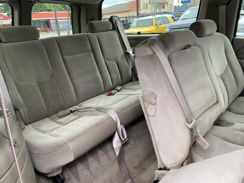 Chevrolet Suburban 2004 price CALL FOR PRICE
