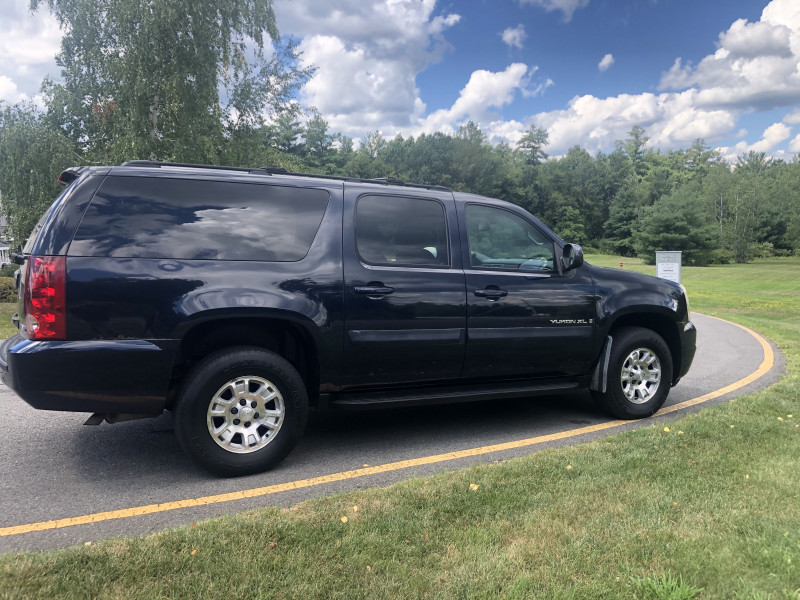 GMC Yukon XL 2007 price $7,500