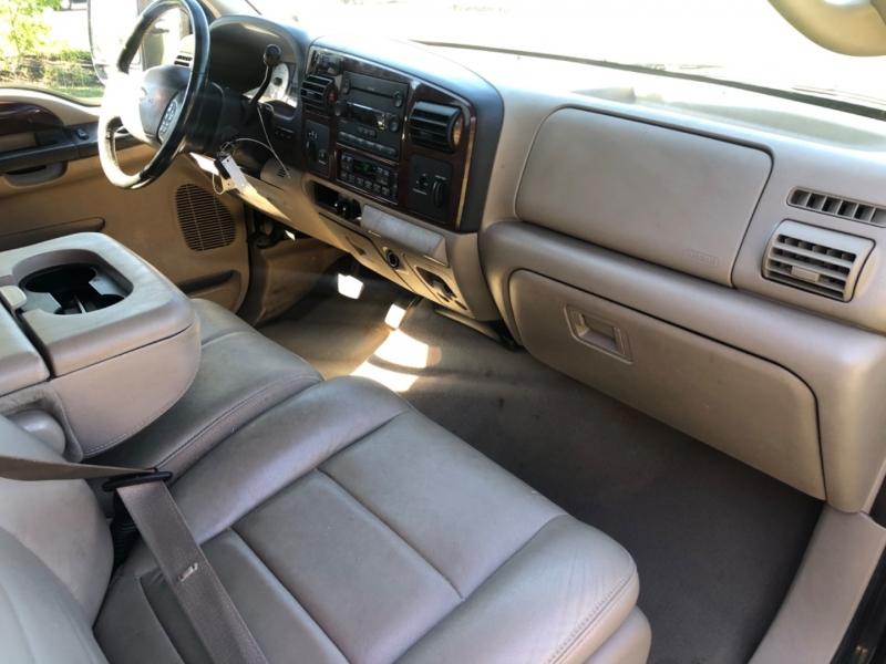 Ford Super Duty F-250 2006 price $15,900