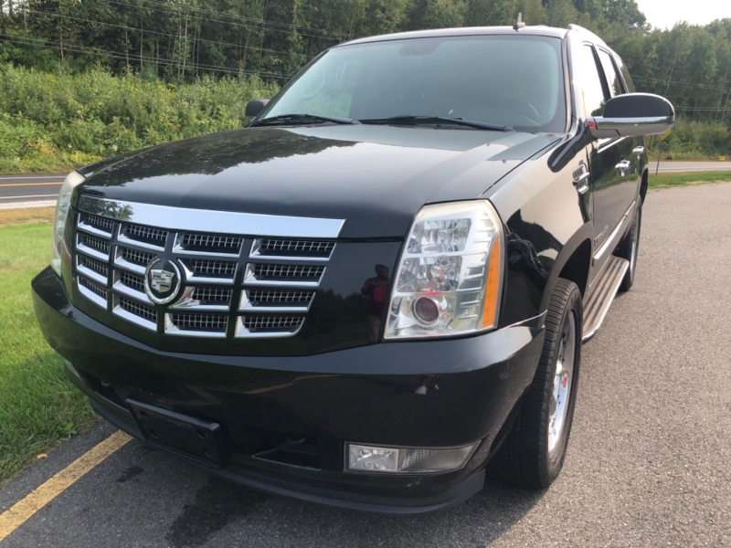 Cadillac Escalade 2007 price $13,490