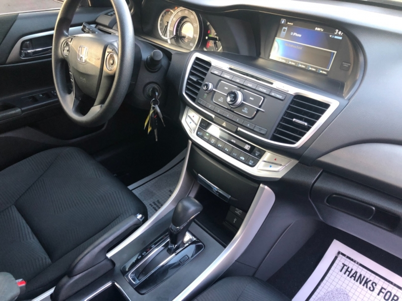 Honda Accord Sedan 2015 price $13,990