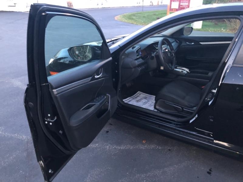 Honda Civic Sedan 2017 price $15,290