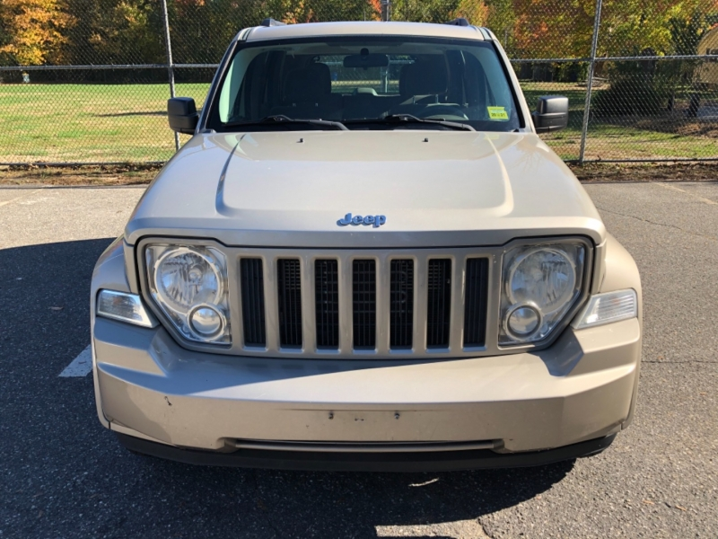 Jeep Liberty 2011 price $5,990