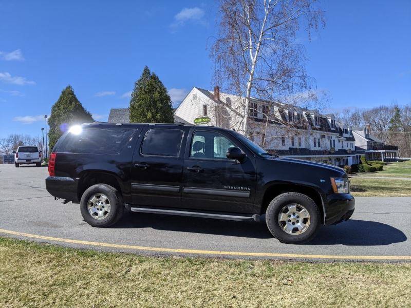 Chevrolet Suburban 2012 price $13,990