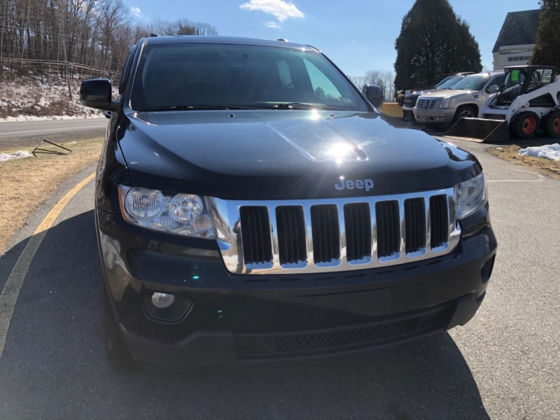 Jeep Grand Cherokee 2011 price $10,390