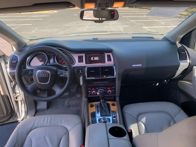 Audi Q7 2009 price $7,999