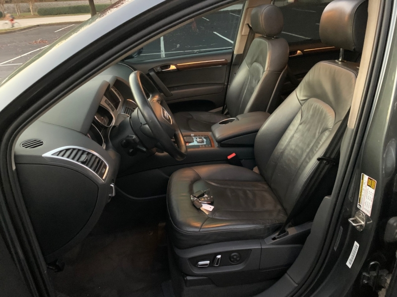 Audi Q7 2012 price $16,999