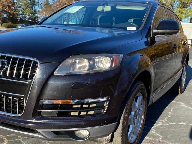 Audi Q7 2011 price $8,999