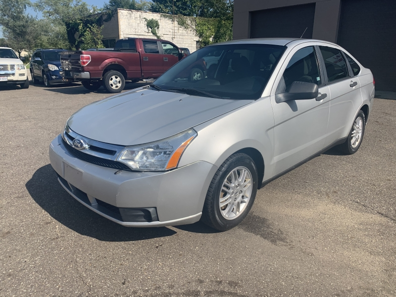 FORD Focus 2010 price $3,495
