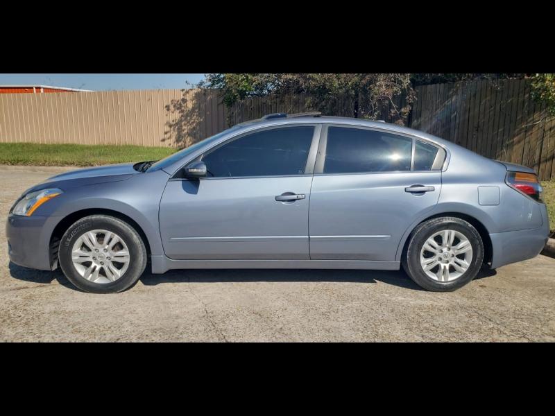 Nissan Altima 2010 price $1,000 Down